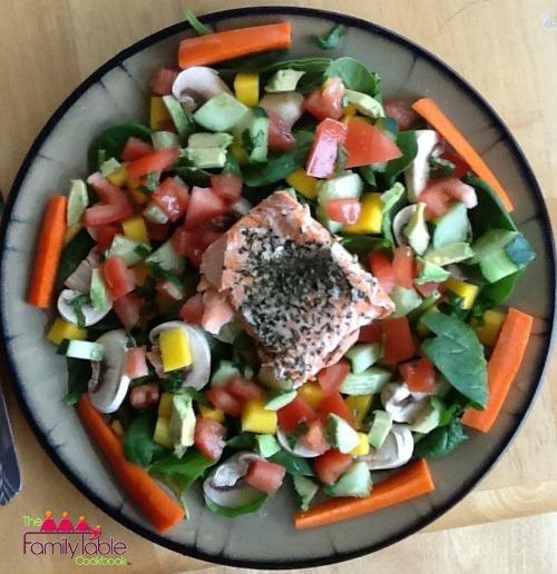 Salmon mango salad