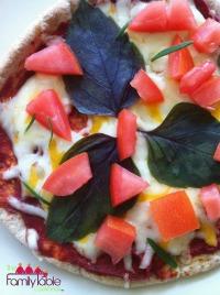 Pita pizza resized 200